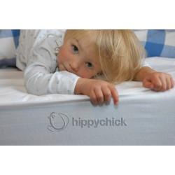 Простынка Hippychick натяжная (на резинке)